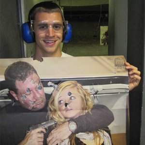 Las Vegas Gun Store hostage
