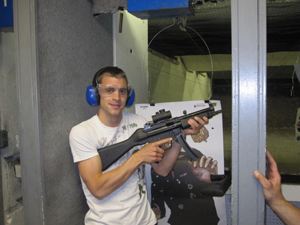 try machine guns in Las Vegas Gun Store
